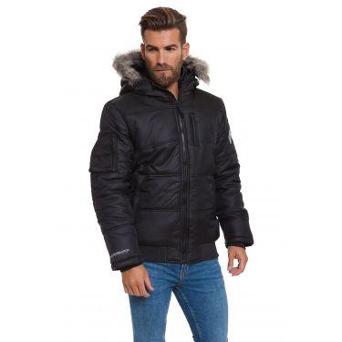 Manteau noir à capuche fourrure