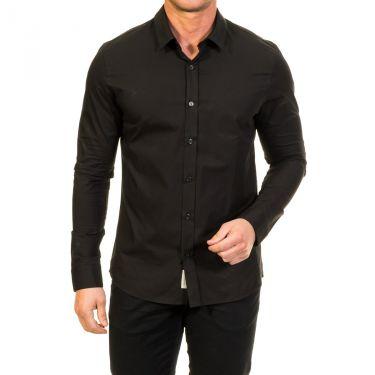Chemise noire étiquettée